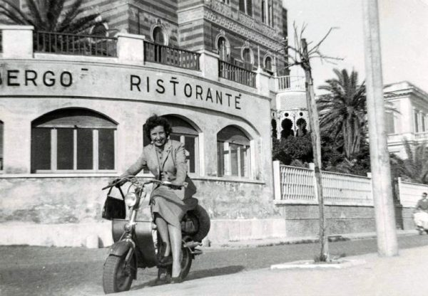 Women on Lambretta, Anzio, Italy